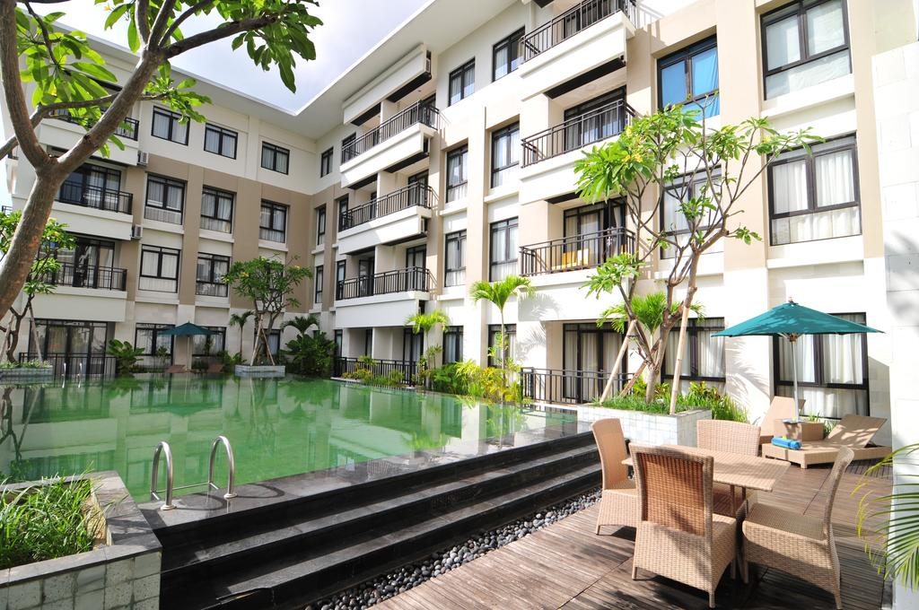 Grand Kuta Hotel & Residences, 4