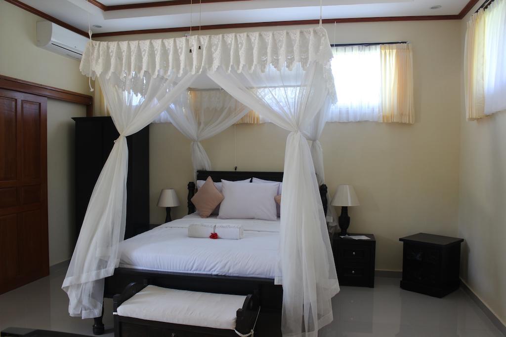 Туры в отель Arya Amed Beach Resort Карангасем