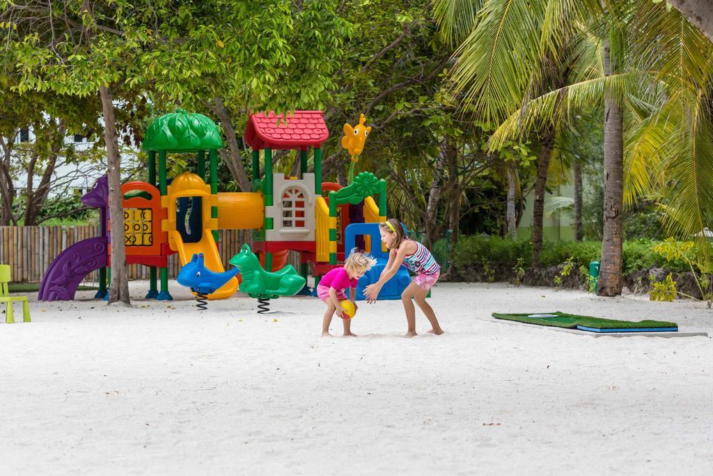 Цены в отеле Bandos Island Resort And Spa