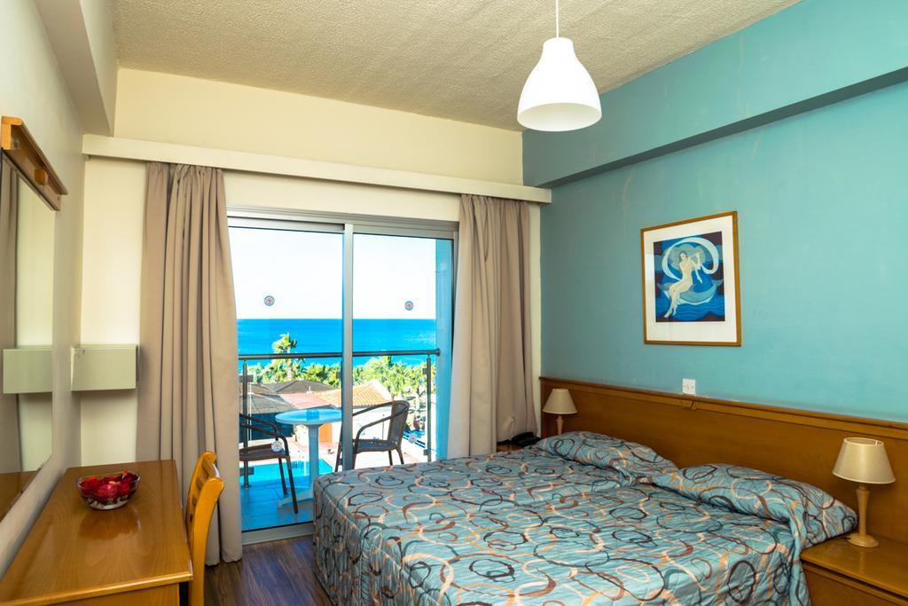 Helios Bay Hotel Apts цена