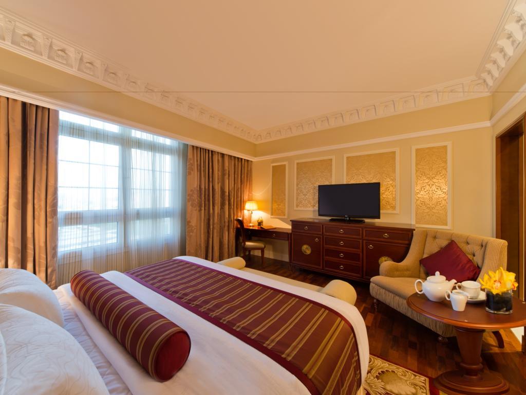 Відпочинок в готелі Warwick Doha