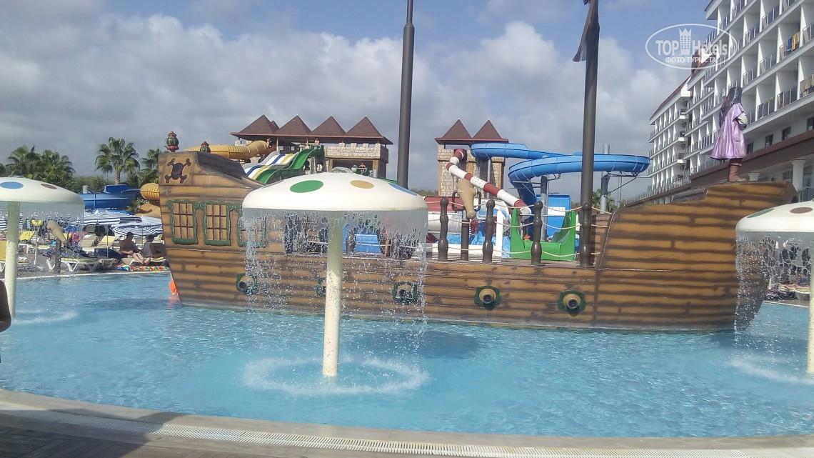 Відпочинок в готелі Eftalia Splash Resort