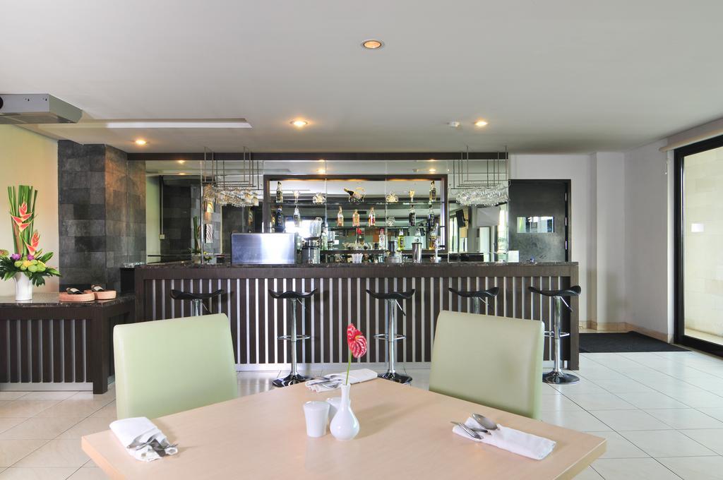 Горящие туры в отель Grand Kuta Hotel & Residences Кута