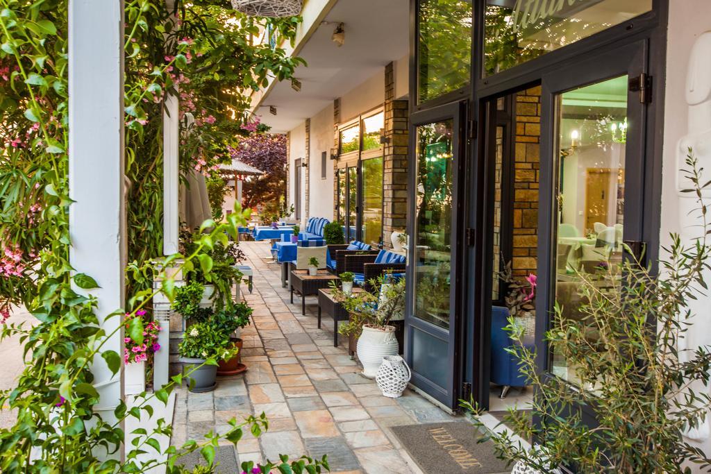 Тури в готель Atlantis Hotel Каллікратія Греція