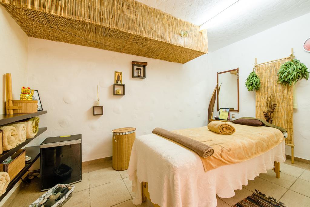 Горящие туры в отель Estella Hotel Apts Лимассол Кипр