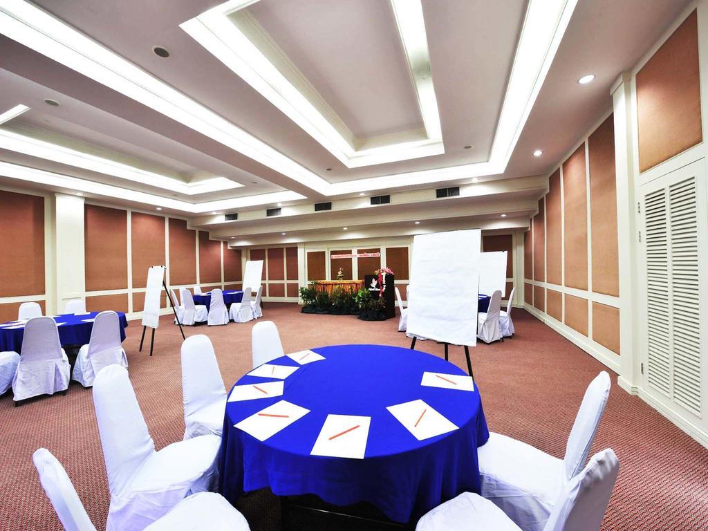 Отдых в отеле Splendid Resort Паттайя