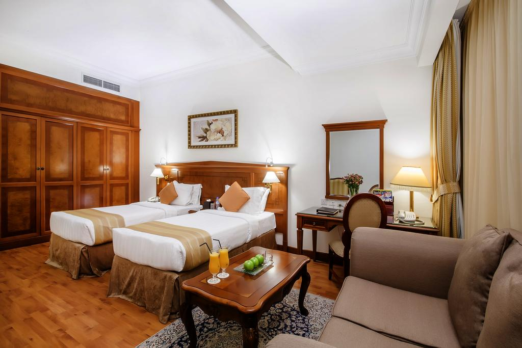 ОАЕ Grand Excelsior Hotel Bur Dubai