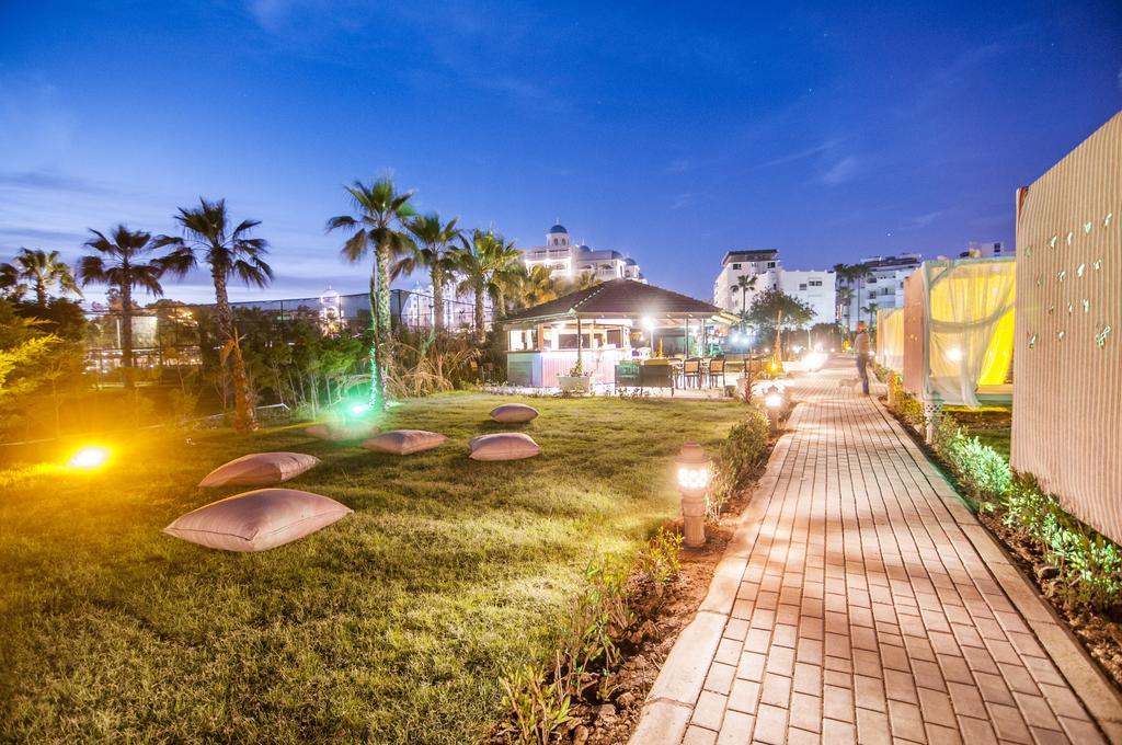 Відгуки туристів Kolibri Hotel