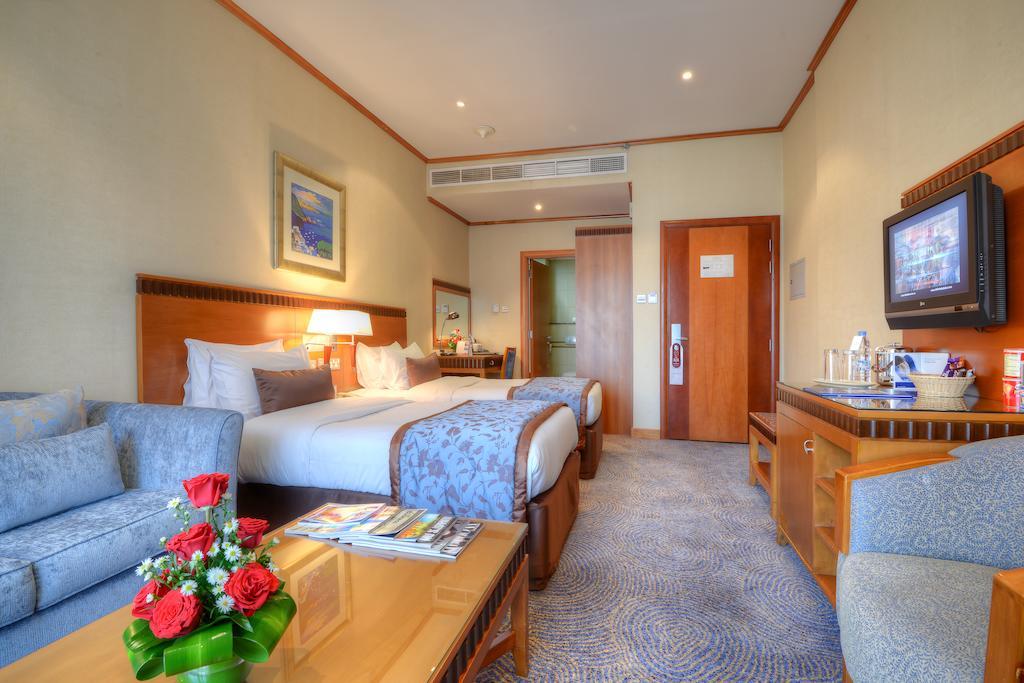 Цены в отеле Golden Tulip Al Barsha