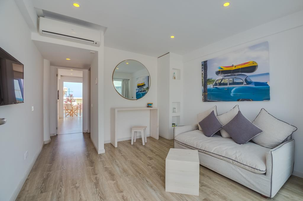 Готель, Айя Напа, Кіпр, Blue Harbour Boutique Apartments