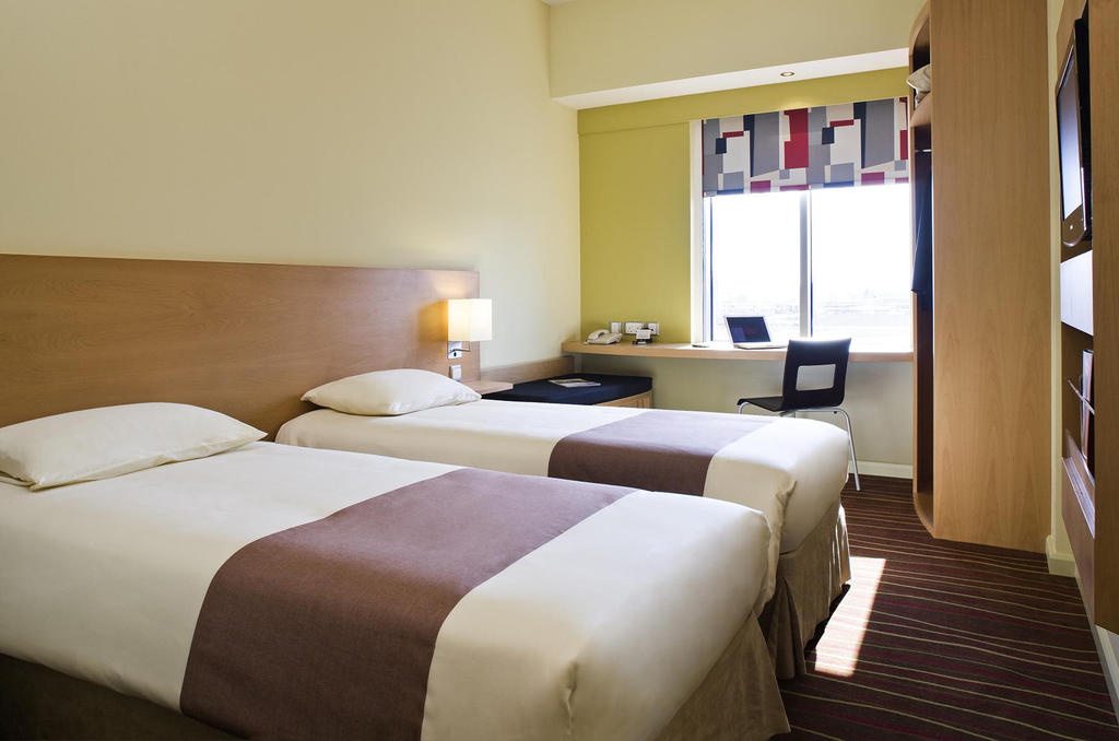Дубай (город) Ibis Hotel Mall Of The Emirates цены
