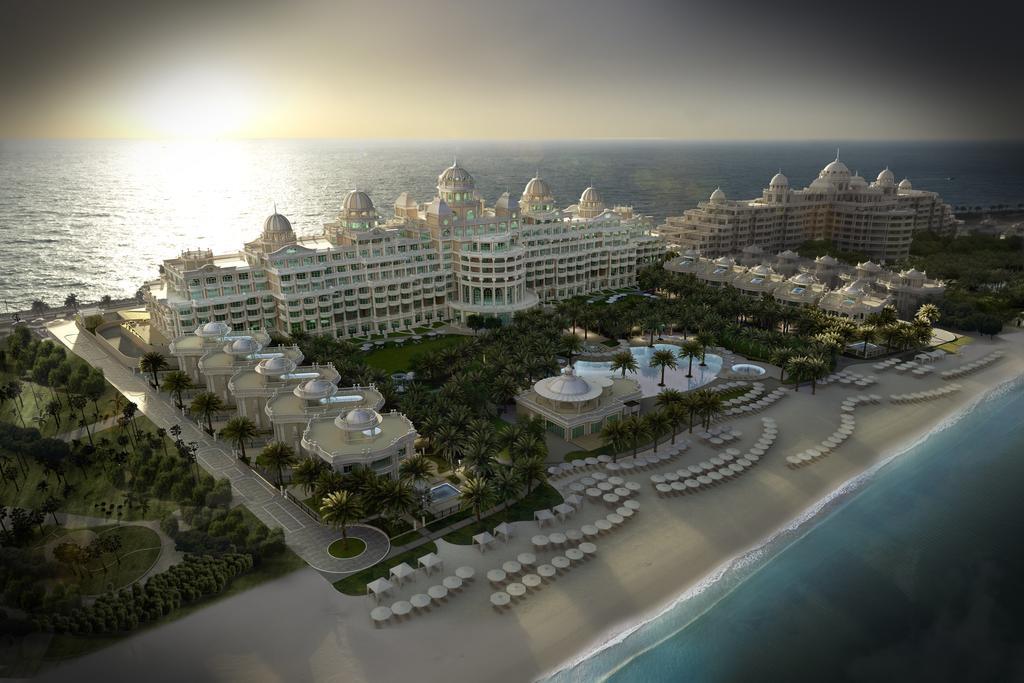 Відгуки про готелі Emerald Palace Kempinski Dubai
