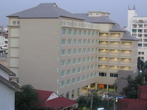 Crown Pattaya Hotel, Паттайя, Таиланд, фотографии туров