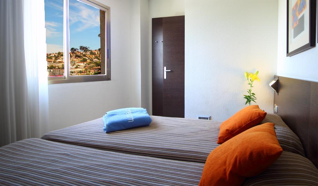 Цены в отеле Aqua Hotel Montagut