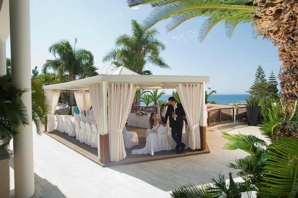 Mediterranean Beach Hotel, Лимассол цены