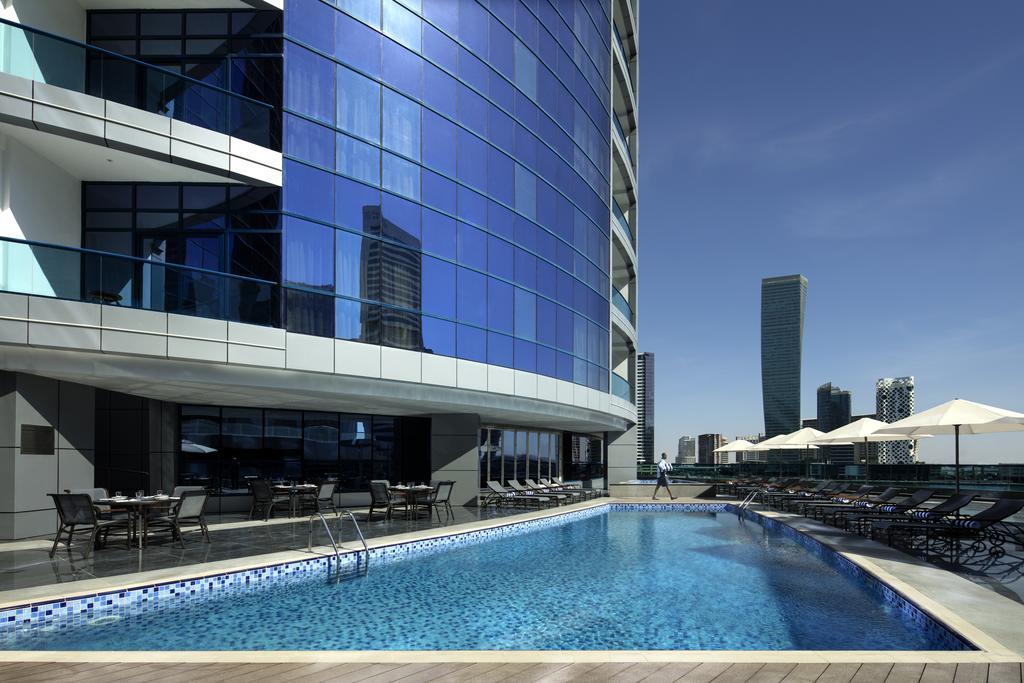 Radisson Blu Hotel Dubai Waterfront, ОАЭ