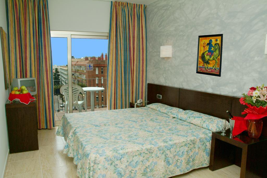 Горящие туры в отель Htop Palm Beach (Ex. Htop Ancla) Коста-Брава
