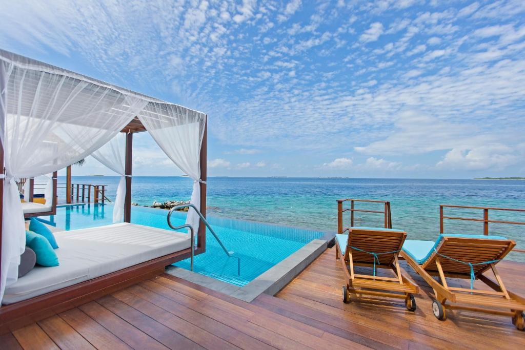 Furaveri Island Resort, фотографії