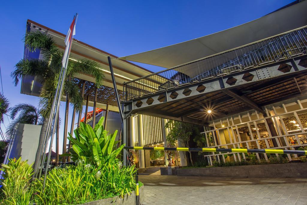 The Lerina Hotel Nusa Dua, Индонезия, Нуса-Дуа, туры, фото и отзывы
