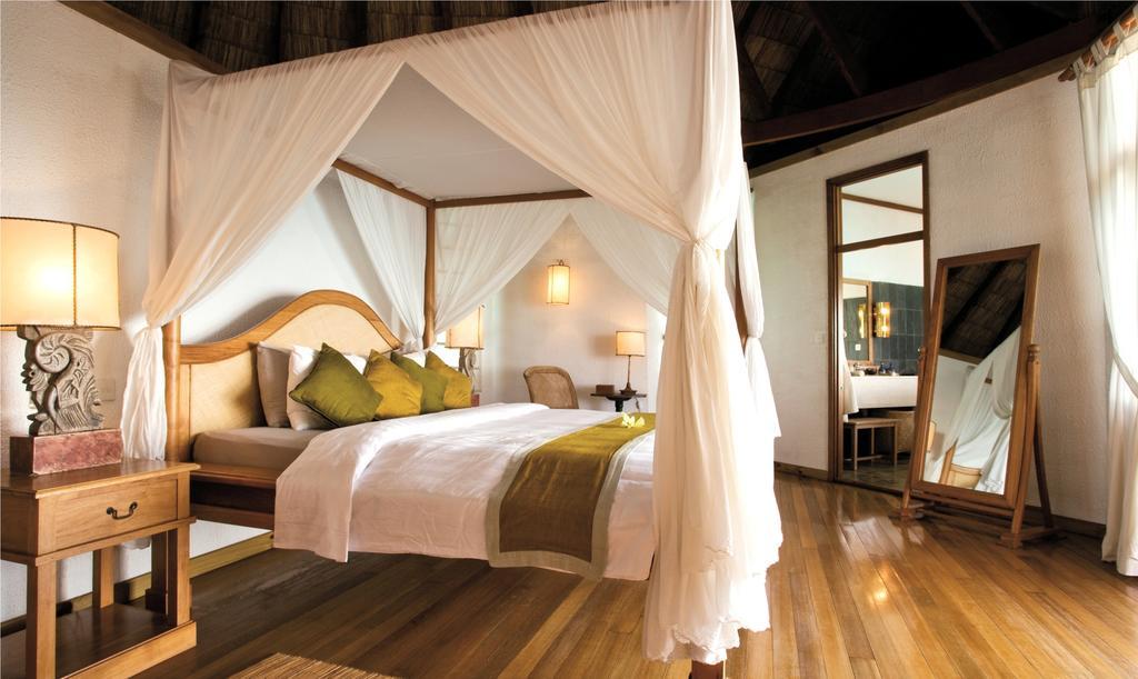 Цены в отеле Coco Palm Dhuni Kolhu Resort & Spa