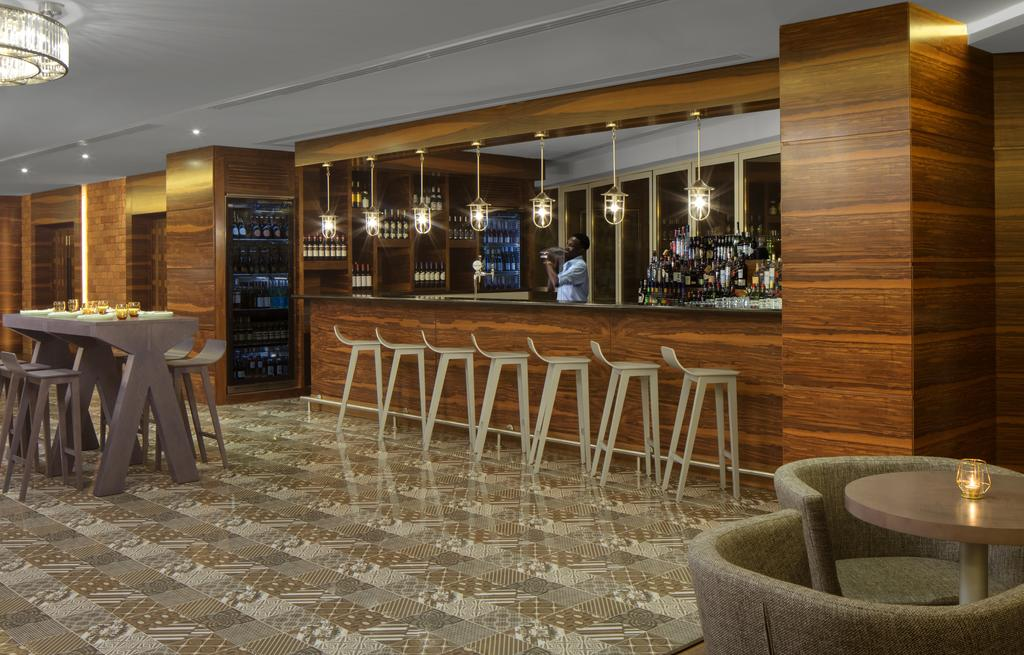 Отель, ОАЭ, Дубай (город), Radisson Blu Hotel Dubai Waterfront