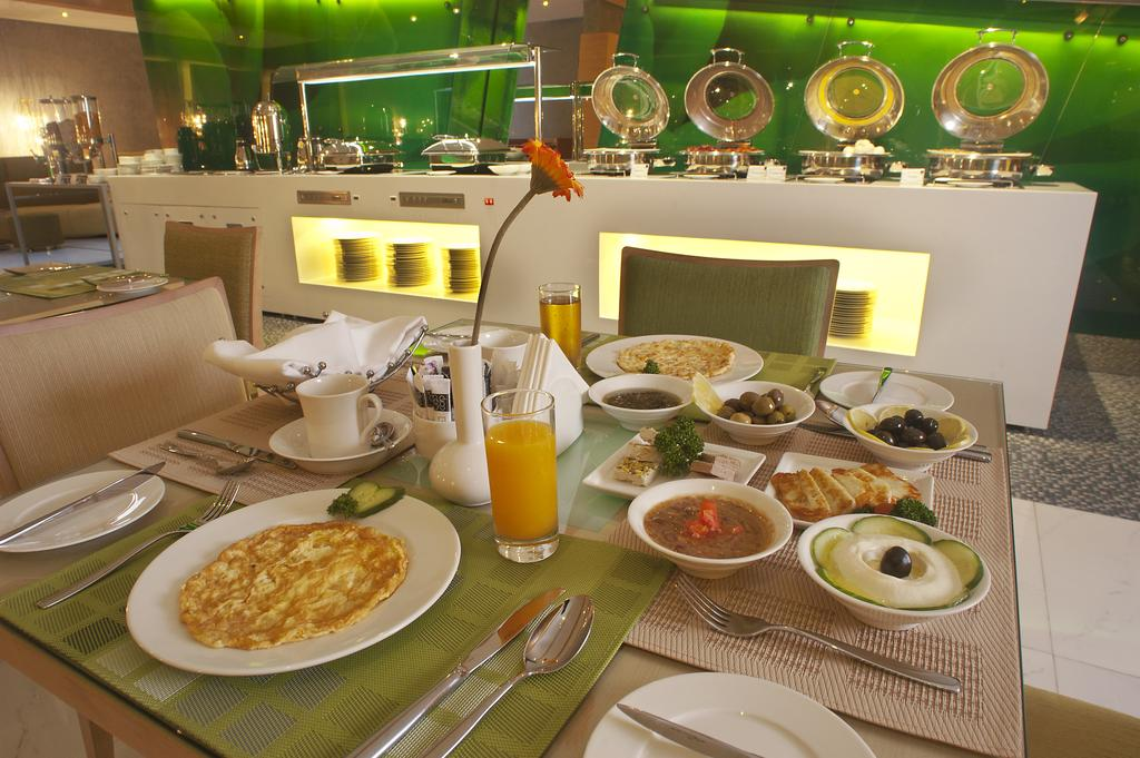 Al Khoory Executive Hotel, Дубай (город) цены