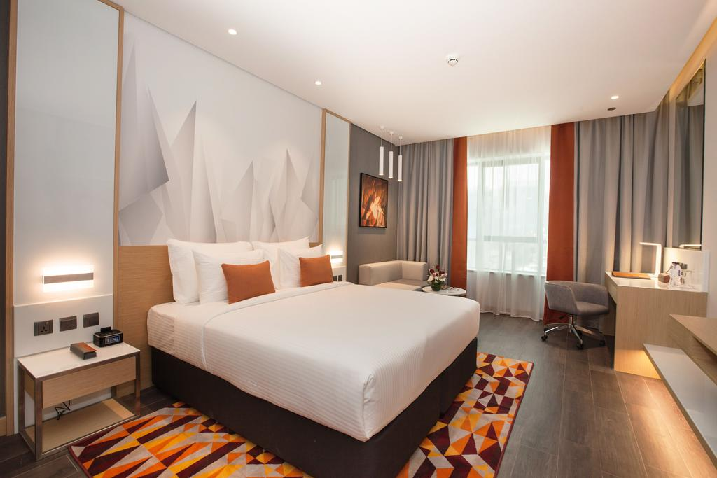 Flora Inn Hotel цена