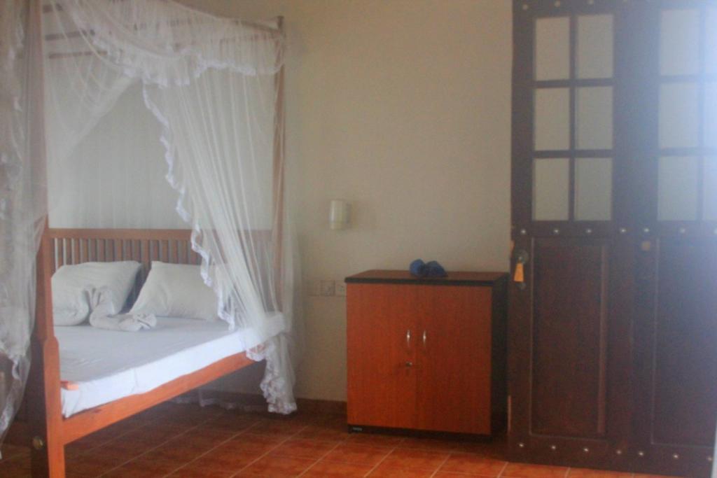 Serendipity Beach Hotel, Унаватуна цены