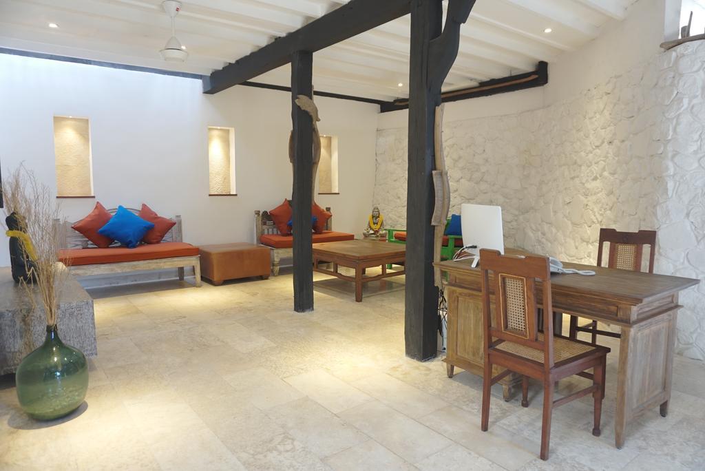 Горящие туры в отель Amed Lodge Амед Индонезия