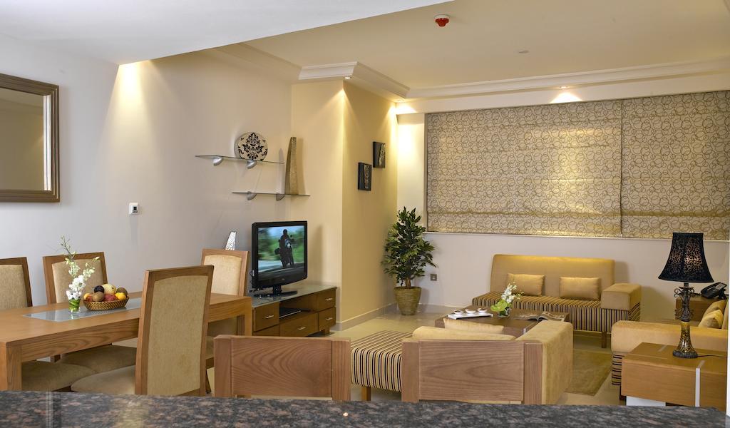 Цены в отеле Park Inn by Radisson Hotel Apartments
