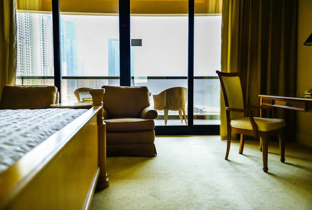 Відгуки гостей готелю Le Royal Meridien Beach Resort & Spa