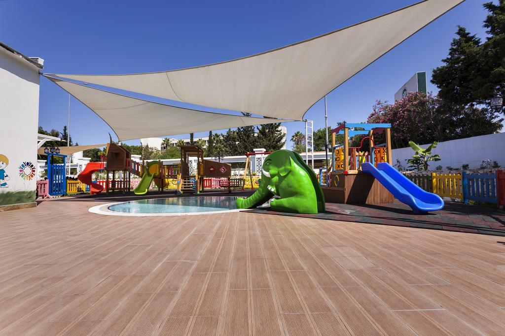 Karmir Resort & Spa ціна