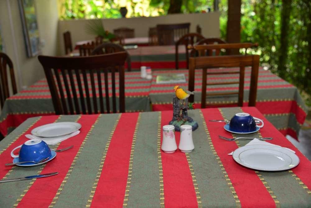 Горящие туры в отель Sea Breeze Guest House Унаватуна Шри-Ланка