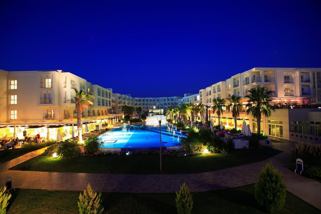 La Blanche Resort & Spa фото туристів