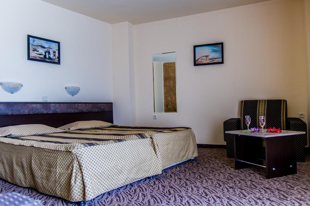 Отдых в отеле Amaris