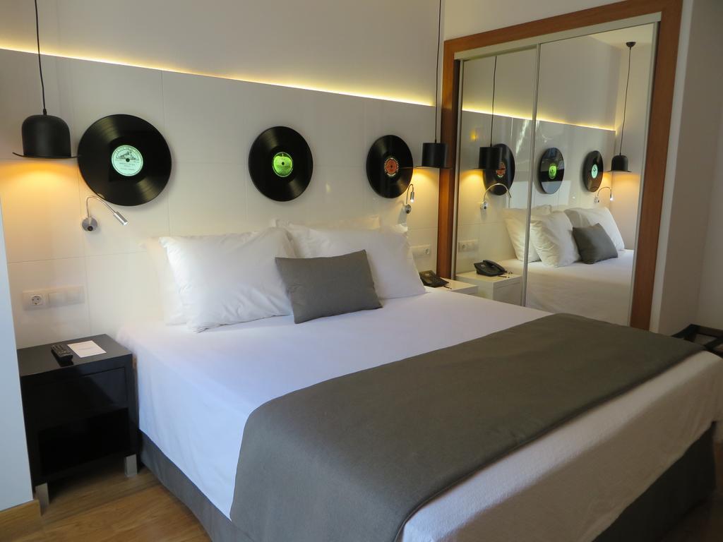Цены в отеле Evenia Rocafort
