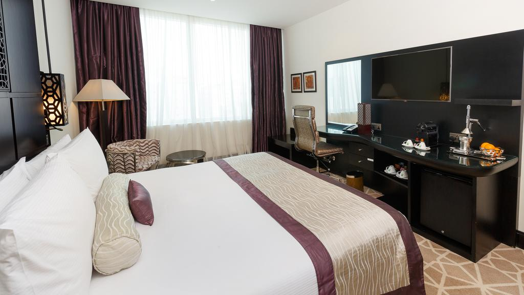 Отзывы об отеле Holiday Inn Al Barsha