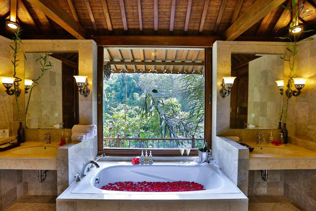 Цены в отеле Ayung Resort