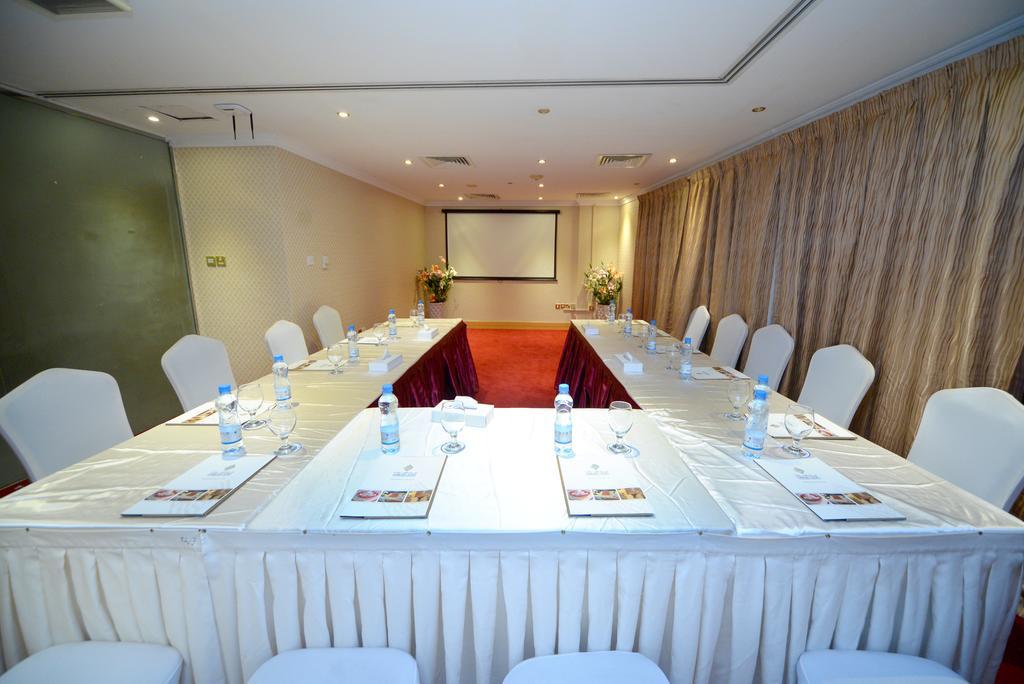 Отзывы об отеле Nejoum Al Emarate Hotel Sharjah
