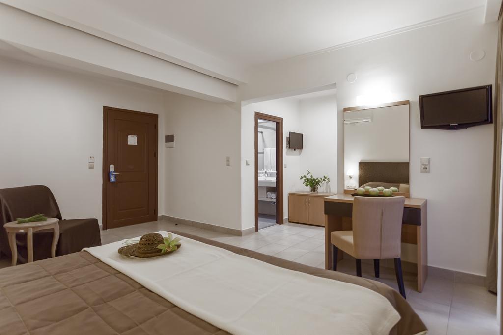 Тури в готель Lagomandra Beach Hotel Сітонія Греція
