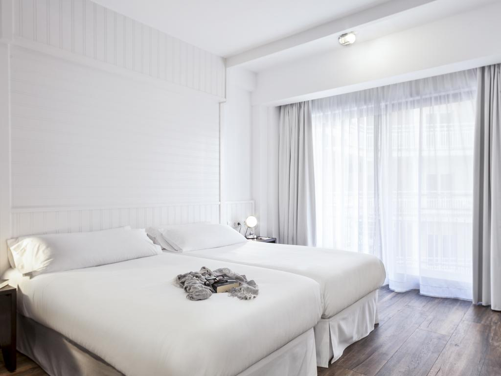 Цены в отеле Delamar (Ex. Frigola)