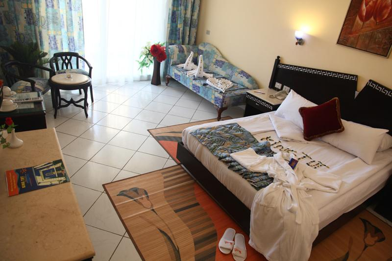 Горящие туры в отель King Tut Aqua Park Beach Resort Хургада