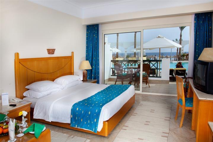 Отзывы туристов Coral Beach Rotana Resort Montazah