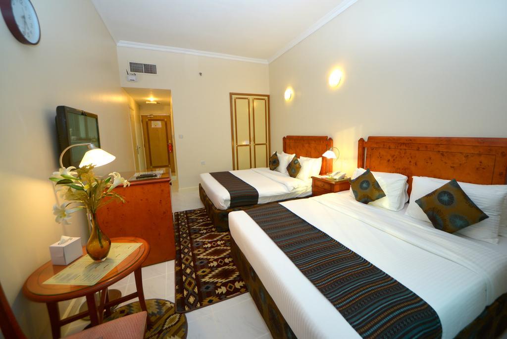 Nejoum Al Emarate Hotel Sharjah, Шарджа, ОАЭ, фотографии туров