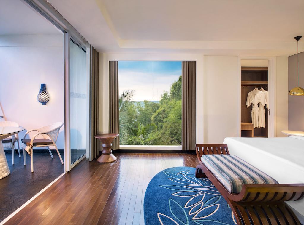 Горящие туры в отель Le Meridien Джимбаран