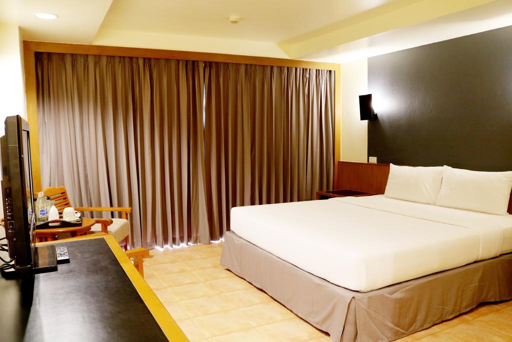 Отдых в отеле Sunshine Hotel & Residence Паттайя Таиланд