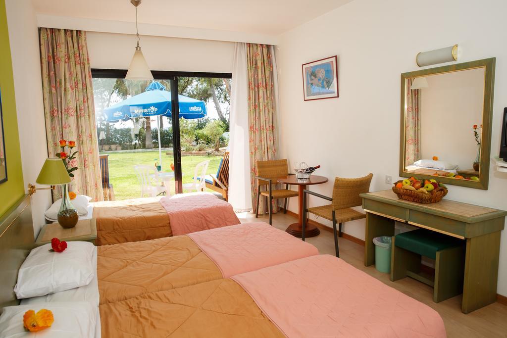 Горящие туры в отель Park Beach Hotel Лимассол Кипр