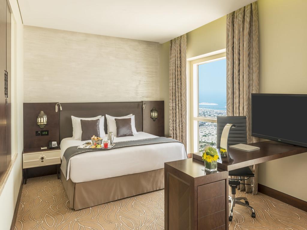 ОАЕ Millennium Plaza Hotel Dubai