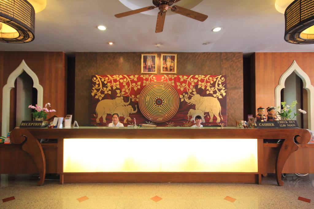 Туры в отель Aiyara Palace Hotel Паттайя Таиланд