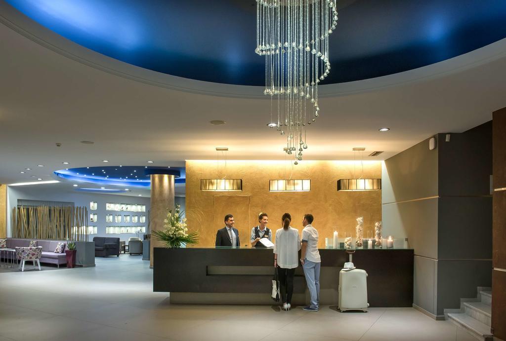 Фото отеля Blue Bay Resort & Spa Hotel